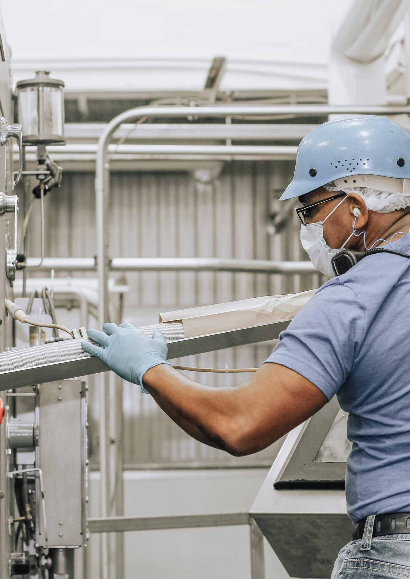 Hiring in Random Lake Beverage Manufacturing Worker